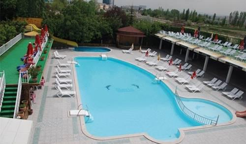 Meriç Aquapark ve Yüzme Havuzu