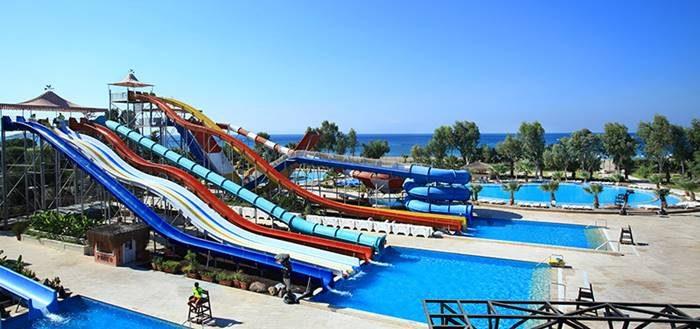 Gümüldür Yalı Castle Aquapark