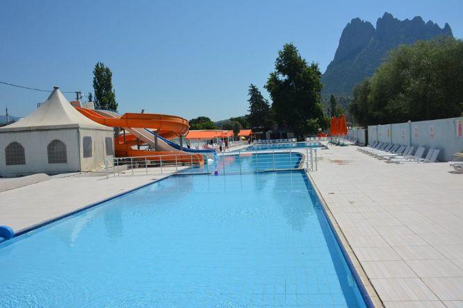 Mihalgazi Belediyesi Yüzme Havuzu Aqupark